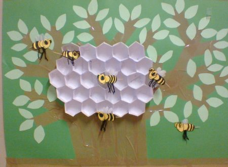 HONEY BEES – bees and honeycomb